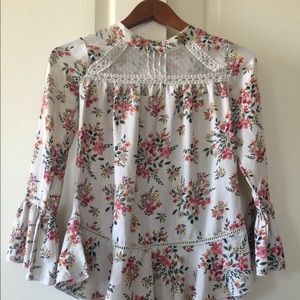 Knit Works floral and lace top- G1